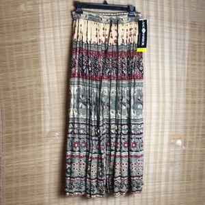 Sag Harbor Floral Long pleated maxi Skirt